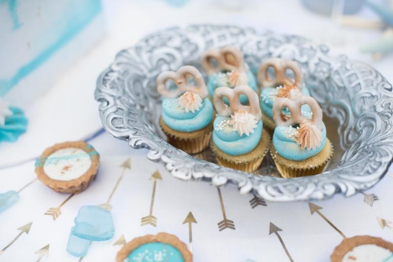 Austing Wedding Photography Wedding Cake Artist Hello Tiny Bites Wedding Dessert Table Collaboration (20 of 44)